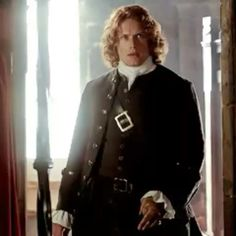 Honoring love, kindness, compassion, and beauty, and the love stories of Outlander's Jamie & Claire -- and Sam Heughan & Caitriona Balfe. Sam Heughan Outlander, James Fraser Outlander, Outlander Gifs, Outlander Costumes, Outlander Season 2, Outlander 2016, Terry Dresbach, Popular Book Series, Jaime Fraser