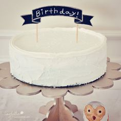 DIY wooden Banner cake topper for birthday or weddings. #chalkboard