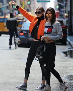 """Hadid News ™ auf Instagram: """"May 8: #GigiHadid and #BellaHadid out in SoHo, NYC."""""""