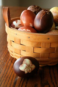 onion skin died eggs (use old nylons to tightly wrap natural objects (flowers and leaves) to the eggs.