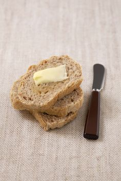 Photo de la recette : Pain intégral – machine à pain Bread, Pains, Food, Map, Photos, Easy Cooking, Cooking Recipes, Pastries, Pictures