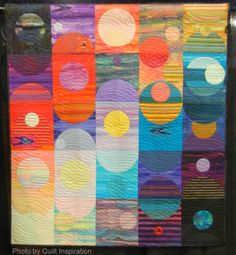 Music of the Spheres by Ann B. Feitelson. 2014 Road to California, photo by Quilt Inspiration