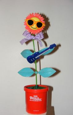 VINTAGE 1988 ROCK'N FLOWER SUNFLOWER TOY, MADE BY TAKARA