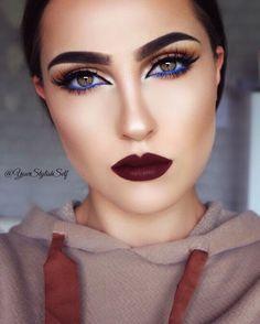 Blue eyeliner makeup look with two lipstick options fall look with a pop of blue makeup tutorial makeup geek blue eyeliner makeup look Makeup Up, Love Makeup, Makeup Inspo, Eyeshadow Makeup, Makeup Inspiration, Beauty Makeup, Makeup For Blue Dress, Makeup Brushes, Makeup Remover