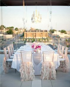I want to host an outdoor dinner, love the chair decor.