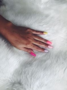 Manicure At Home, Nails At Home, Manicure And Pedicure, Opi Nail Polish, Opi Nails, Beauty Spa, Beauty Nails, Home Gel Nail Kit, Types Of Manicures