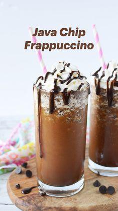 Coffee Drink Recipes, Starbucks Recipes, Alcohol Drink Recipes, Milkshake Recipes, Starbucks Drinks, Starbucks Mocha Frappuccino Recipe, Healthy Milkshake, Milkshakes, Homemade Iced Coffee
