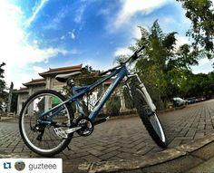 #Repost @guzteee  Aviator lagi nih :D  My baby blue  #gowes #Pacific #pacificbike #cycling #Jakarta #mtb #bike #bikeforlife #bebaspolusi #funbike #pacificbikes #pacificbikerider #sepeda #sepedagunung #bersepeda #gowes #hardtail #mountainbike #mtbindonesia #crosscountry
