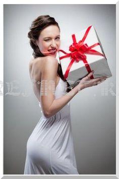 Как спрятать подарки на Новый год