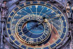 Dobbiamo usare il tempo come uno strumento, non come una poltrona.  John Fitzgerald Kennedy