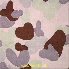 Australian Desert Pattern, pink variant 2002 to present Australian Desert, Camouflage Patterns, Military Camouflage, Warfare, Presents, Miniatures, Kids Rugs, Floral, Pink