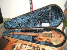 Pallet guitar