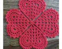 49 Ideas for crochet heart necklace gifts Crochet Geek, Thread Crochet, Love Crochet, Crochet Gifts, Crochet Motif, Crochet Doilies, Crochet Stitches, Crochet Flower Patterns, Doily Patterns