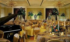 Reconocidos+hoteles+y+restaurantes+de+todo+el+país+preparan+una+amplia+oferta+gastronómica+para+festejar+Navidad+y+Año+Nuevo.+Además+del+tradicional+pavo,+la+cena+incluye+pescados,+mariscos+y+foie+gras,+de+acuerdo+al+presupuesto+de+cada+comensal.++++J&G+Grill+(Dentro+del+hotel+St.+Regis+Mexico+City)+…