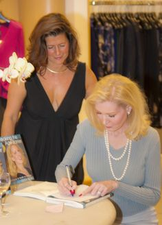 Book Signing in Sarasota.  Oleda has combined the newest medical discoveries with her own ideas, practicing a healthy lifestyle both on the inside and outside to stay youthful and energetic throughout her life. In Breaking the Age Barrier, she shares her knowledge, secrets and routines with everyone who wants to look and feel as vivacious, dynamic and full of life as she does.  #Oleda #Book #Beauty #Health #Tips Book Signing, Health Tips, Routine, Healthy Lifestyle, The Outsiders, Knowledge, Medical, Age, Beauty