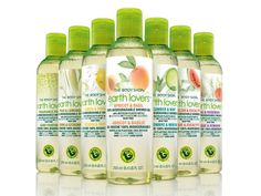 The Body Shop - Earth Lovers Shower gel. These are all great and eco-conscious The Body Shop, Eco Beauty, Beauty Ideas, Green Makeup, Natural Cleaning Products, Natural Products, Perfume Oils, Shower Gel, How To Feel Beautiful