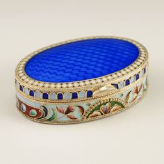 A Russian silver gilt, shaded cloisonné and translucent enamel snuff box, Andre Yegorov, Moscow, circa 1908-1917. | John Atzbach Antiques