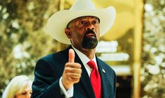 Trump meets with Milwaukee Sheriff David Clarke as he considers Homeland Security appointment~Sheriff Dave is awesome!!