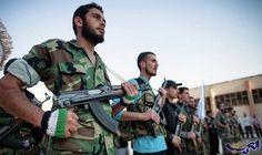 """""""جيش سورية الجديد"""" يقطع إمدادت تنظيم """"داعش""""…: قطع مقاتلو """"جيش سورية الجديد"""" خطوط إمداد تنظيم """"داعش """" بين مدينة البوكمال ودير الزور من جهة،…"""