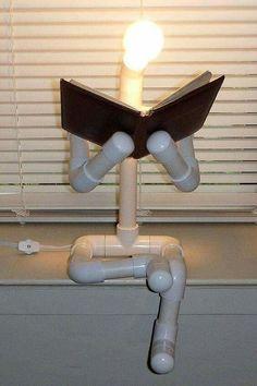 Lámpara hecha con tubo PVC