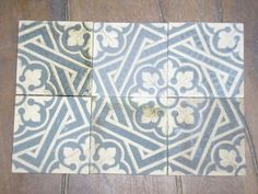 1890-1900, 17 x 17 cm, Germany. Mesa Bonita has been collecting hydraulic tiles for the past 10 years. All the tiles have been saved from the city dumpsters and desperately need a second life. They can be turned into a pretty table, console, nightstand, frame, trivet, coaster… Contact me for information, I have a wide selection of styles and colors and a bunch of ideas: Benedicte Bodard  Mesa Bonita/Barcelona Tiles benedictebodard@gmail.com www.mesabonita.es…