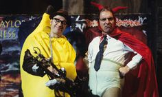 Bottom with Rik Mayall and Ade Edmundson. Rik Mayall Bottom, Ade Edmondson, Halloween Countdown, Happy Halloween, Comedy Duos, Great Comedies, Young Ones, Funny People, Funny Things