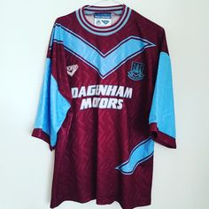1993 West Ham United home shirt XL - 10% off until the start of the season. Details #westham #westhamunited #irons #pony #premierleague #whyfc #football #footballshirt #footballshirtcollective #vintagefootball