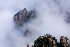 Cloud Sea -Yellow Mountain by Traveller2012, via Flickr