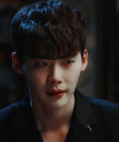 "my fav kdrama: ""W Two Worlds"" Lee Jong Suk Wink, Lee Jong Suk Kim Woo Bin, Lee Jung Suk, Suwon, Asian Actors, Korean Actors, W Kdrama, Lee Jong Suk Wallpaper, Kang Chul"
