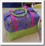 Updated link for making your own bags - this one in particular would make a great sewing machine bag