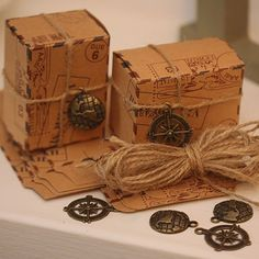 Craft Wedding, Travel Themes, Decorative Boxes, Poster, Crafts, Home Decor, Glamour, Airmail, Carton Box