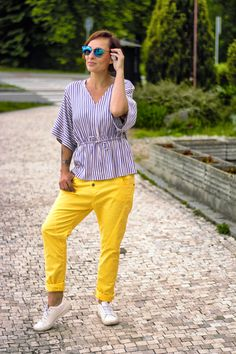 Trendy, Capri Pants, Fashion, Moda, Capri Trousers, Fashion Styles, Fasion