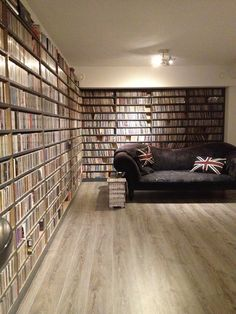 on the other side there should be room to display instruments and amps so we can listen to music, or make it :-)