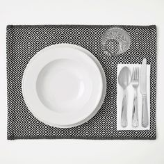 IKEA - GODDAG, Place mat, black, white, Protects the table top surface and reduces noise from plates and flatware. Colors are retained wash after wash thanks to the yarn-dyed cotton. Photoshop, Ikea Table, White Plates, Chair Pads, Home Hacks, Kallax, Table Linens, Coasters, Vogue