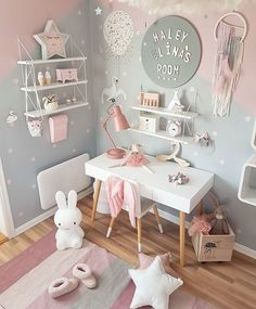 Trendy Ideas Baby Bedroom Design For Kids Baby Bedroom, Baby Room Decor, Nursery Room, Bedroom Decor, Bedroom Colors, Baby Girl Bedroom Ideas, Girl Nursery, Bedroom Lighting, Girs Bedroom Ideas
