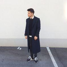 New Balance Shoes, H&M Jeans, H&M Coat, H&M Sweater, H&M Shirt