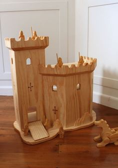 :: Crafty :: Wood :: Natural Wooden Play Castle