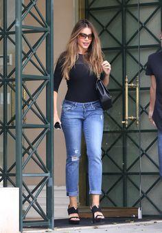 Sofia Vergara street style skinny jeans