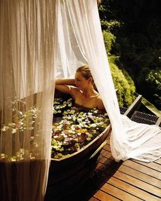 A home is a place where we relax & spend quality time with our loved ones . SUMMER is a time when we sit , play ,eat, relax in the outdoors of the house .WHAT can be better than an outdoor spa which will relax with awesome views. ITS the best thingRead Outdoor Bathtub, Outdoor Bathrooms, Outdoor Showers, Luxury Bathrooms, Outdoor Living, Outdoor Decor, Yurt Living, Spas, Spa Day