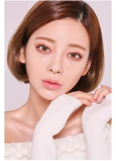 Be adorable, bubbly, sharp and sexy from time to time with CHUU. Medium Hair Styles, Short Hair Styles, Makeup Looks, Face Makeup, Bob Styles, Beautiful Asian Women, Bob Hairstyles, Haircuts, Hair Inspo