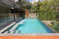 Our guest on the blog this week is pool builder Rob Hitchcock from Freestyle Pools in Sydney. If you're about to build a pool at your place Rob has some really important facts and tips for you.