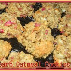 Rhubarb Oatmeal Cookies Wow, if you love Rhubarb you will enjoy this combination of rhubarb, oats and white chocolate chips.they are one chewy & moist cookie with a twist of tang and sweet. I did chop the rhubarb in the food processor to get it into sm Oatmeal Cookie Recipes, Oatmeal Cookies, Cookie Desserts, Just Desserts, Delicious Desserts, Dessert Recipes, Yummy Food, Tasty, Chip Cookies