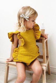 baby fashion Slow Childrens Fashion at Freya Lillie : Discover beautiful handmade sustainable luxe linen baby rompers amp; Baby Outfits, Cute Kids Outfits, Princess Outfits, Baby Girl Dresses, Moda Kids, Family Picture Outfits, Baby Wallpaper, Little Girl Fashion, Fashion Children