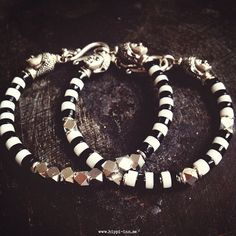 Good karma bracelet  Black and white w/silver 1 pair by HippiInn, kr289.00