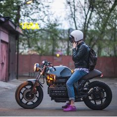 """dropmoto: """"Saddle up. Moscow's @z17customs getting ready to tuck into some…"""
