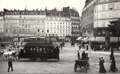 L'agitation de la place de Rennes (aujourd'hui la place du 18-Juin-1940), devant l'ancienne gare de Montparnasse, vers 1900 (Paris 6ème/15ème)