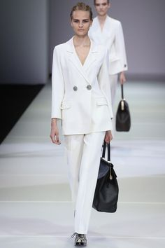 The suit is a huge trend for spring (and the perfect transition piece). Master the look: http://vogue.uk/sTcGp9