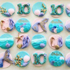 Mermaids 🧜♀️ - everyone loves a mermaid 🧜♀️ 💗💗💗 - Banana Cupcake Ideen Fondant Cupcakes, Sea Cupcakes, Fondant Toppers, Cupcake Cakes, Mermaid Cupcake Toppers, Mermaid Cookies, Mermaid Cupcakes, Cupcake Rosa, Mermaid Birthday Cakes