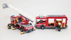 These are rebuilds of 60002 Fire Truck and 60107 Fire Ladder Truck, to make them a matching set. I'm a fan of all the official fire sets -- I just can't help tinkering with them. For more photos, see the full set. Lego Police, Lego Military, Lego City Sets, Lego Sets, Lego Technic Truck, Lego Fire, Lego Vehicles, Wrangler Shirts, Lego Design