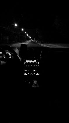Black and white photography Tumblr Photography, Car Photography, Photography Basics, Aerial Photography, Landscape Photography, Snapchat Picture, Night Aesthetic, Black And White Aesthetic, Photos Tumblr